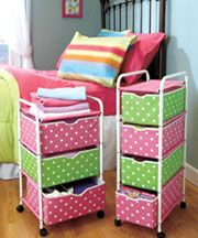 Polka Dots and organization in one.......need this for my girls room