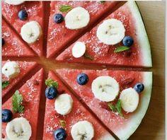 Pizza  Watermeloen, banaan, blauwe bes en munt