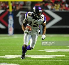 4f9948215 Percy Harvin of the Minnesota Vikings runs with a catch against the Atlanta  Falcons at the
