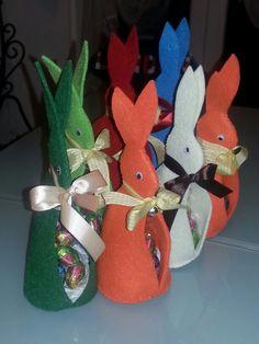 Coniglietti pasquali in feltro...
