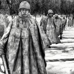 Bob and Nadine Johnston - Korean War Memorial Washington DC American Pride, American History, Korean War Veterans Memorial, Vietnam Vets, Native American Artifacts, Unique Paintings, Effigy, Washington Dc, Military