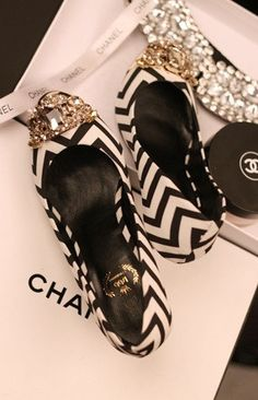 Chanel Diamonds Cap Toe Heels