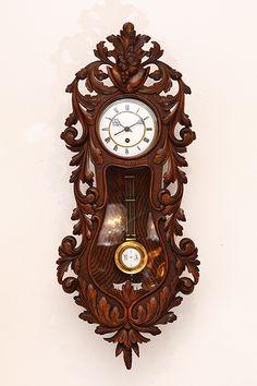 Refinishing Antique Furniture Home Old Clocks, Antique Clocks, Pendulum Clock, Retro Clock, Wood Carving Designs, Wall Clock Design, Grandfather Clock, Wooden Clock, Wooden Watch