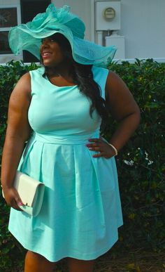 Plus size fashion by blogger Musings of a Curvy Lady