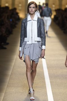 Fendi RTW Spring 2015 - Slideshow @gtl_clothing #getthelook http://gtl.clothing