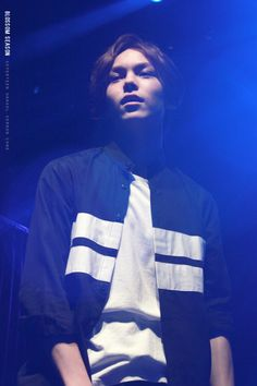 ya'll i have two tests tomorrow and here i am chillin and pinning this picture of Vernon bc fuck the system Woozi, Wonwoo, Jeonghan, Seventeen Hip Hop Unit, Vernon Seventeen, Choi Hansol, Vernon Hansol, Crop Photo