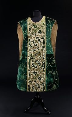 Chasuble  --  Late 15th Century  --  Italian  --  Silk & metal  --  The Metropolitan Museum of Art