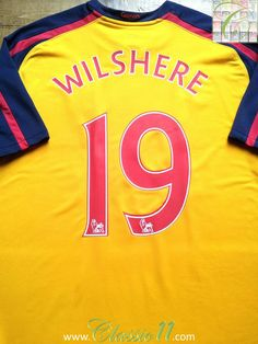 Relive Jack Wilshere's Premier League season with this vintage Nike Arsenal away football shirt. Arsenal Football Shirt, Arsenal Jersey, Football Shirts, Arsenal Premier League, Arsenal Players, Vintage Nike, Vintage Shirts, Jack Wilshere, Man Of The Match
