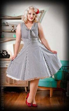 Heart of Haute Kleid - Hilary | &#9742 Bestell-Hotline &#9733 Traumhaft schöne PinUp und Vintage Mode online kaufen &#9733 Beste Qualität- Rockabilly Rules