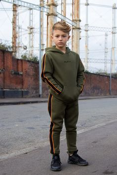 Comfortable slim fit Contrast black and orange stripe down the leg Drawstrings with elastic waistband Mayhem signature embroidery on left thigh cotton poly brushed fleece Model is 9 years old, and wearing size Young Boys Fashion, Baby Boy Fashion, Boys Clothes Style, Bunny Outfit, Step Kids, Boy Models, Kids Photography Boys, Baby Boys, Boy Toddler