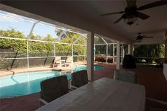 Zillow has 29 photos of this $224888 3 bed, 2.0 bath, 1883 sqft single family home located at 651 SE Voltair Ter built in 1995. MLS # M20003542.