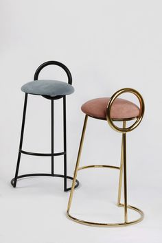 Before you purchase any bar stool, find out what size will work for the space you need it for. Stool Chair, Diy Chair, Chair Cushions, Swivel Chair, Farmhouse Dining Chairs, Upholstered Dining Chairs, Metal Chairs, Bar Chairs, Room Chairs
