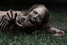 25 Things You Should Never Do During A Zombie Apocalypse -LOL