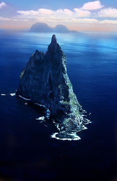 ball's pyramid with lord howe island in the background, pacific ocean, australia
