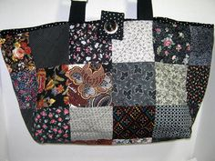 Yarn Tote Bag in Quilted Black Scrappy Fabric by JDCreativeHands