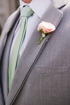 Grey Tux, Mint Tie, Blush Flowers  Mikki platt photography. Gatsby Wedding. Mint gold blush Wedding.