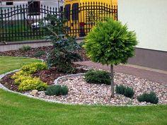 9 Beautiful Backyard Ideas for Small Yards – Garden Ideas 101 Back Garden Landscaping, Front Garden Landscape, Small Front Yard Landscaping, Stone Landscaping, Backyard Ideas For Small Yards, Outdoor Garden Decor, Garden Yard Ideas, House Landscape, Landscaping Design