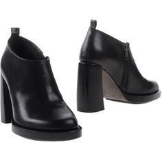 Ann Demeulemeester Shoe Boots ($595) ❤ liked on Polyvore featuring shoes, boots, ankle booties, black, real leather boots, black boots, leather sole boots, ann demeulemeester boots and zipper booties