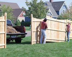 "Original pinner said:""When building a Privacy Fence - Make one panel removable in the event heavy equipment needs to enter your yard for a project or some sort of repair.""- ha thats cute how 'bout just make one section a gate? Backyard Fences, Garden Fencing, Lawn And Garden, Home And Garden, Pool Fence, Backyard Landscaping, The Family Handyman, Outdoor Projects, Home Projects"