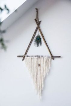 Simple and Easy DIY Dream Catcher to Beautify your Space 36