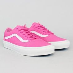 Tênis Vans Old Skool Carmine Rosa Your Id Store, Streetwear, Van Trainers, Tenis Vans, Dream Shoes, Vans Old Skool, Cute Shoes, Old School, Trendy Outfits