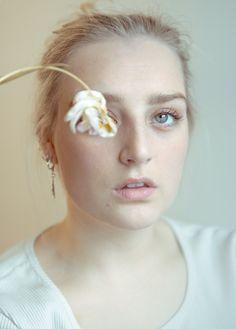 Pearl Earrings, Drop Earrings, Folk, Pearls, Jewelry, Pearl Studs, Jewlery, Popular, Jewerly