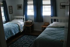 Bedroom 3, with 2 single beds