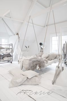 Incredible hanging bed idea in an all white bedroom with lots of cozy blankets and pillows. 26 Dizzy Interior European Style Ideas To Inspire Your Ego – Incredible hanging bed idea in an all white bedroom with lots of cozy blankets and pillows. Cute Bedroom Ideas, Cute Room Decor, Girl Bedroom Designs, Room Ideas Bedroom, Bedroom Decor, Master Bedroom, Bedroom Swing, Modern Bedroom, Modern Teen Room