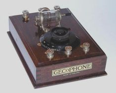 GECoPHONE Junior Crystal Set BC1700. Built by GEC (UK) in 1925