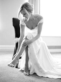 Stunning bridal portrait: http://www.stylemepretty.com/2015/04/19/romantic-chic-art-gallery-wedding/ | Photography: Joey Kennedy - http://joeykennedyphotography.com/