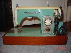 Resultado de imagen para sewing machine vintage