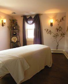 ... massage room decor spa decor                                                                                                                                                                                 Mais