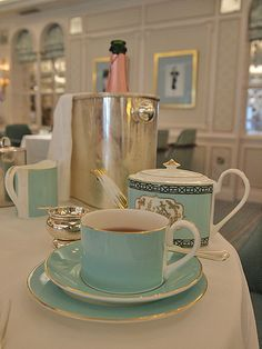 Fortnum and Mason's Afternoon Tea,  Love that signature blue-green!