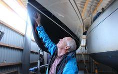 Gode råd til køb af brugt sejlbåd. Når du skal købe brugt sejlbåd er der områder som du skal være ekstra opmærksom på. Fx ror, fribord, dæk og skrog.