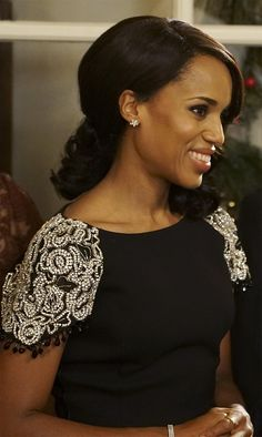 Olivia Pope wearing Tiffany & Co. jewelry on Scandal. Olivia Pope wearing Tiffany & Co. jewelry on S Olivia Pope Wardrobe, Olivia Pope Outfits, Olivia Pope Style, Celebridades Fashion, Scandal Fashion, Woman Crush, Powerful Women, Style Icons, Feminine