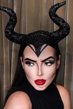 Incredible Halloween Makeup | prilessamakeup | MALEFICENT POP ART l COMIC BOOK