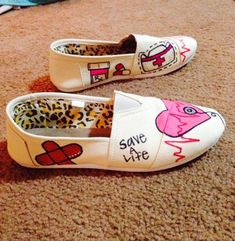 Womens Canvas Nursing/STNA/Physician Shoes by JWallpeCraft on Etsy