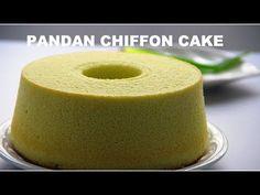 Dessert Cake Recipes, Dessert Drinks, No Bake Desserts, Cake Cookies, Cupcake Cakes, Cupcakes, Pandan Chiffon Cake, Malaysian Dessert, Asian Cake