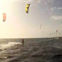 De 9 a 18 de julho acontece na ilha feliz a 30° edição do Aruba Hi-Winds, o maior evento de esportes do Caribe. #ArubaEssaIlhaPega #OneHappyIsland