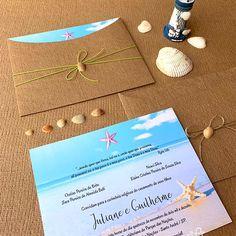Convite de casamento na praia, concha e kraft linhão. Tabata, Hair Accessories, Beach, Wedding, Wedding Inspiration, Dream Wedding, Cards, Valentines Day Weddings, The Beach