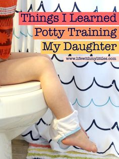Potty training is hard, no matter what age or gender! Here are 14 things I learned potty training my daughter at 3 years old. Some great tips here! Potty Training Humor, Potty Training Rewards, Toddler Potty Training, Training Tips, Training Quotes, Training Schedule, Toilet Training, Blonde Kids, Kids Potty