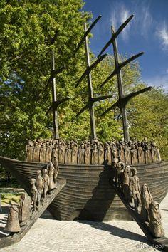 Coffin Ship Memorial,Co Mayo Ireland, bronze sculpture located National Famine Memorial, 'Coffin Ship', Westport, Croagh Patrick, Co Mayo, Ireland, Sculpture by John Belan commemorating the anniversary of the Irish Famine.