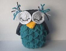 Ravelry: Crocodile Stitch Owl Holder pattern by Virginia McCreedy