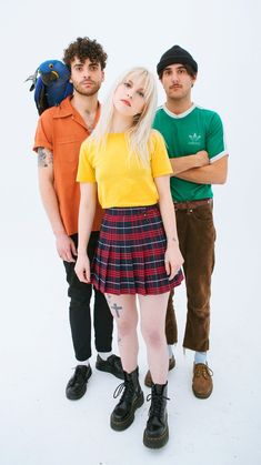 For everything Paramore check out Iomoio Hayley Paramore, Paramore Hayley Williams, Taylor York, Pop Punk, Hayley Williams Style, Hayley Wiliams, Women In Music, Band Photos, Cool Bands