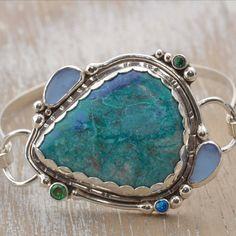 Cuff bracelet with a chrysocolla cabochon by cozycovestudio