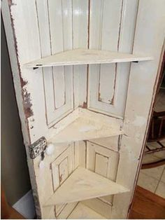 ideas_reciclar_decorar_puerta_antigua_26