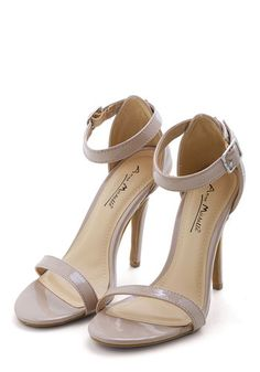 Strut a Feeling Heel. Make the world your runway in these taupe heels! #gold #prom #modcloth