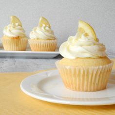 Simple lemon cupcake decoration using half a lemon slice and buttercream / cream cheese icing.