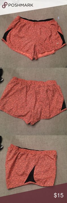 Nike Athletic Shorts Size XL, peach and black. Liner inside, like new, no flaws.   Happy to bundle, I will promptly answer any questions :) Follow me to see new items.   Clean, non smoking home. Nike Shorts
