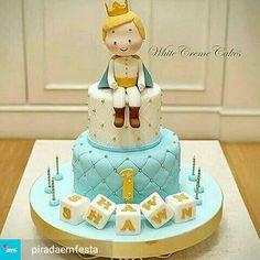 The Little Prince Cake Der kleine Prinz Cake Cake (Visited 8 times, 1 visits today) Boys 1st Birthday Cake, Prince Birthday Party, Little Prince Party, The Little Prince, Fondant Cakes, Cupcake Cakes, Prince Cake, Cakes For Boys, Cute Cakes